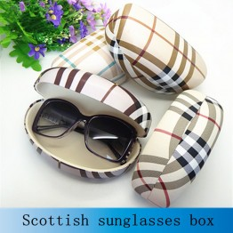 High Fashion Womens Sunglass Case High Quality Plaid Leather Large Hard Style For The Big Style Sunglasses