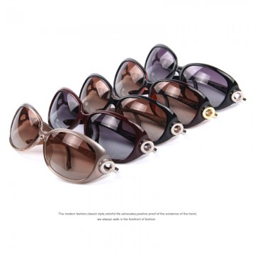 New High Fashion Very Elegant Womens Polarized Sunglasses Full UV400 Protection Comes With Carrying Bag And Lens Cloth 5 Color Options